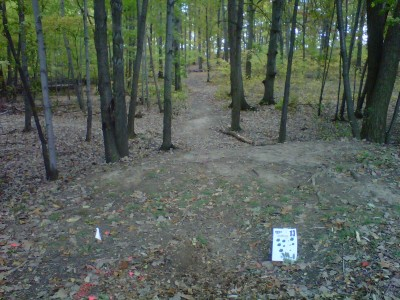 Veterans Memorial Park, Mike Broda Memorial DGC, Hole 13 Tee pad