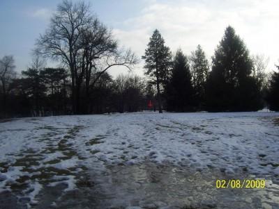 Ottawa Park, Main course, Hole 2 Short tee pad