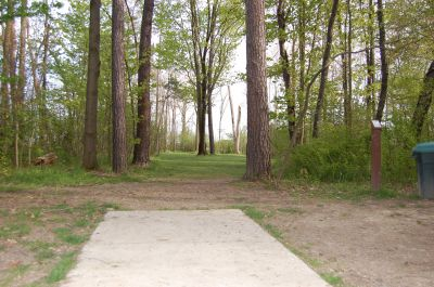 Clarence Darrow Park (Young's Run), Main course, Hole 4 Tee pad