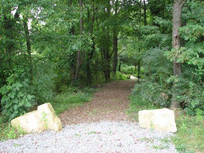Freedlander Park, Main course, Hole 1 Tee pad