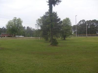 Sparkman Park, Main course, Hole 18 Tee pad