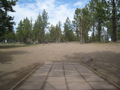 Cascade Forest, Main course, Hole 8 Tee pad