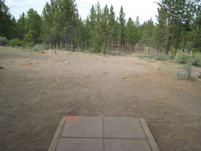 Cascade Forest, Main course, Hole 9 Tee pad