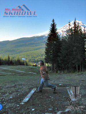 Mt. Hood Ski Bowl, Main course, Hole 9 Tee pad