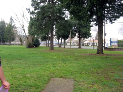 Portland Adventist Elementary School, Main course, Hole 4 Tee pad