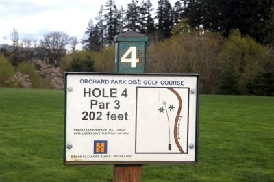 Orchard Park, Main course, Hole 4 Hole sign