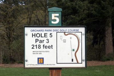 Orchard Park, Main course, Hole 5 Hole sign