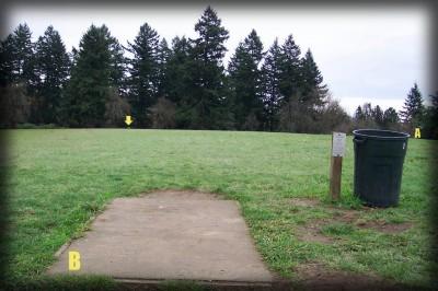 Portland Lunchtime DGC, Main course, Hole 5 Tee pad