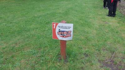 Camp Dakota, Main course, Hole 1 Hole sign