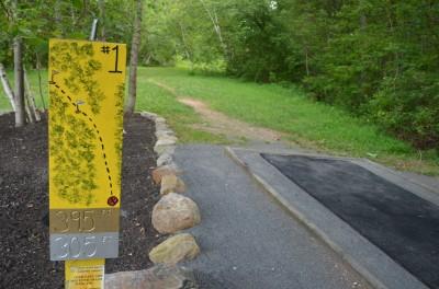 French Creek State Park, Pleasure Mountain, Hole 1 Tee pad