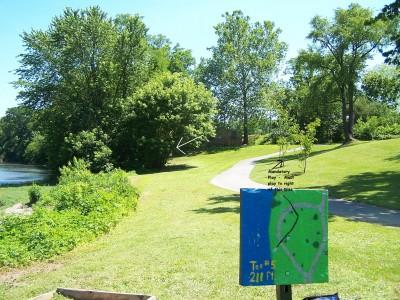 Creekside, Main course, Hole 5 Tee pad
