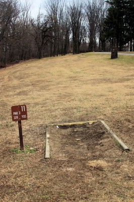 Hacketts Park, Main course, Hole 11 Tee pad