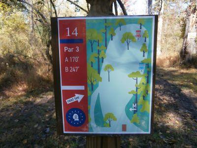Fort Washington State Park, Main course, Hole 14 Hole sign