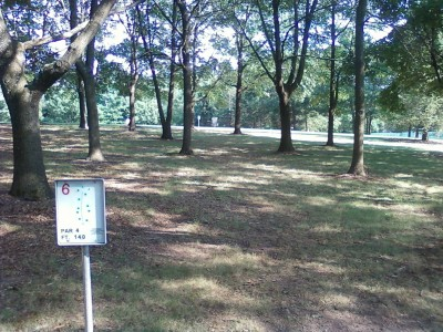 Branchwood Park, Main course, Hole 6 Tee pad