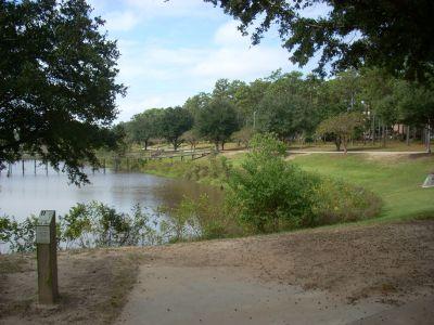 University of South Alabama, Main course, Hole 11 Tee pad