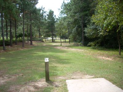 University of South Alabama, Main course, Hole 17 Tee pad