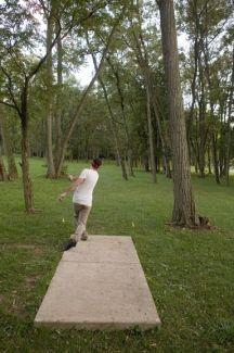 Anson B. Nixon Park, Main course, Hole 16 Short tee pad
