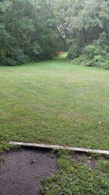 Monroeville Park, Main course, Hole 7 Tee pad
