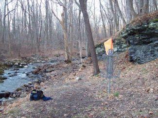 Nockamixon State Park, Main course, Hole 14 Putt