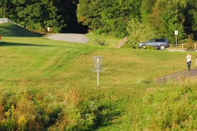 Circleville Park, Main course, Hole 3 Midrange approach