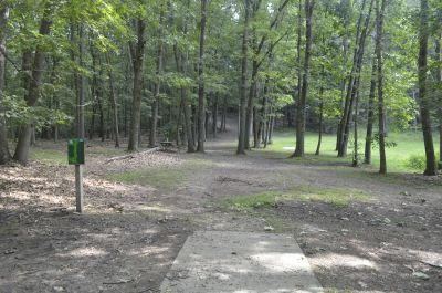 Deer Lakes Park, Main course, Hole 16 Long tee pad