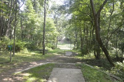 Deer Lakes Park, Main course, Hole 15 Long tee pad