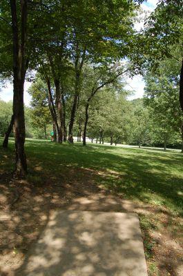 Knob Hill Park, Main course, Hole 17 Tee pad
