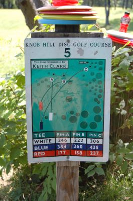Knob Hill Park, Main course, Hole 5 Hole sign