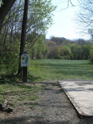 Jordan Creek Park, Main course, Hole 9 Tee pad