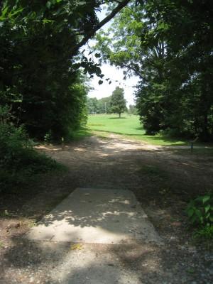 Cedarock Park, Cedarock, Hole 3 Long tee pad