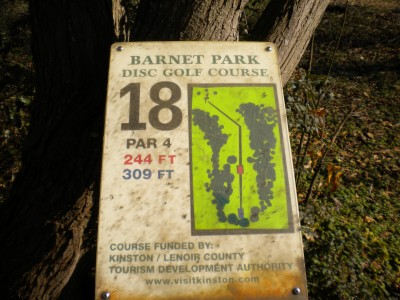 Barnet Park, Main course, Hole 18 Hole sign