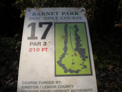 Barnet Park, Main course, Hole 17 Hole sign