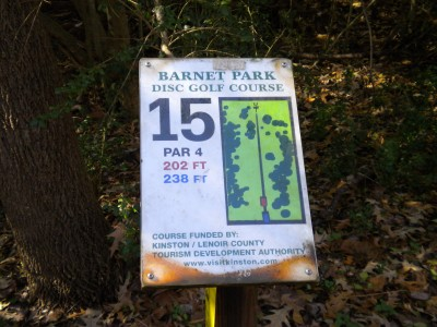 Barnet Park, Main course, Hole 15 Hole sign