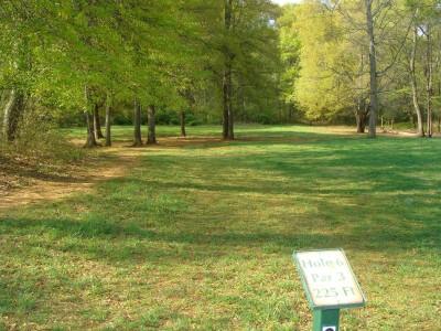 Betty G. Ross Park, Main course, Hole 6 Tee pad