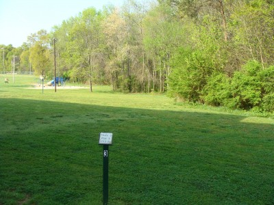 Betty G. Ross Park, Main course, Hole 3 Tee pad