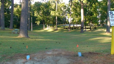 Glenburnie Park, Main course, Hole 1 Long tee pad