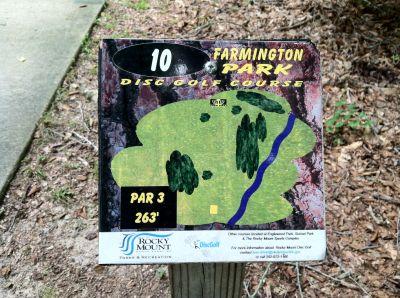 Farmington Park, Main course, Hole 10 Hole sign