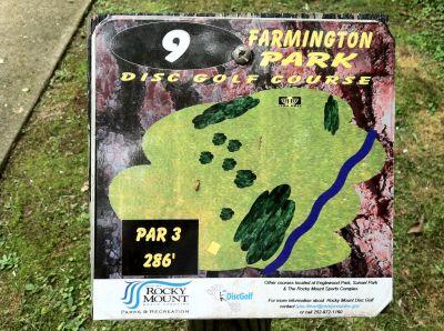 Farmington Park, Main course, Hole 9 Hole sign