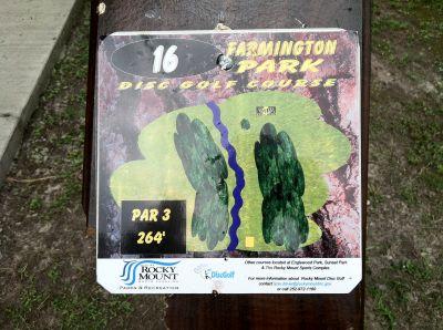 Farmington Park, Main course, Hole 16 Hole sign
