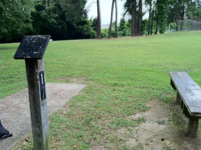 Farmington Park, Main course, Hole 17 Long tee pad
