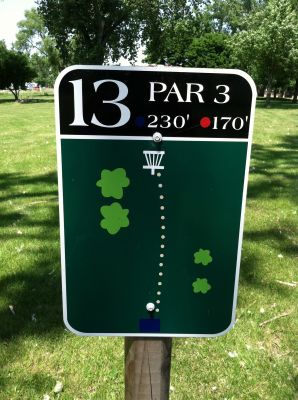 Adrian DGC, Main course, Hole 13 Hole sign
