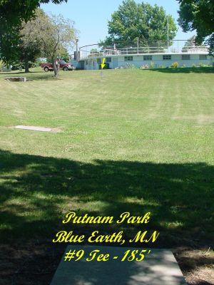 Putnam Park, Main course, Hole 9 Tee pad