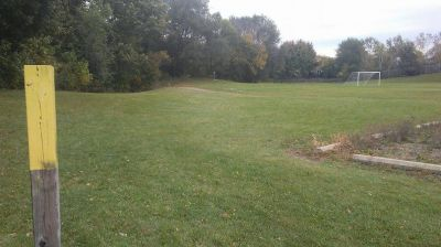 Chaska Middle School, Main course, Hole 4 Tee pad