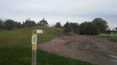 Chaska Middle School, Main course, Hole 9 Tee pad