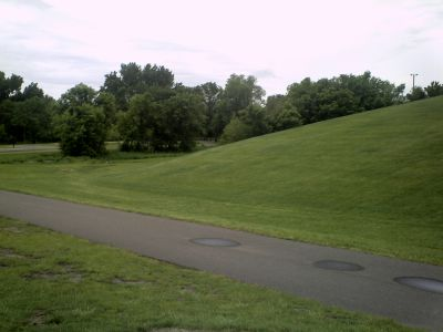 Central Park, Main course, Hole 7 Tee pad