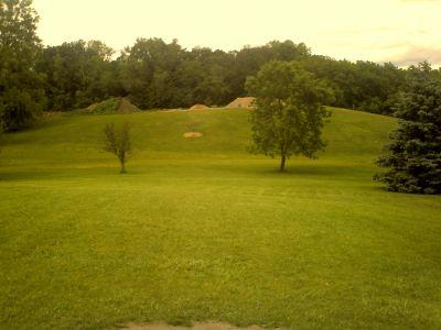 Bassett Creek Park, Main course, Hole 8 Tee pad