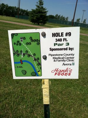 Westview, Main course, Hole 9 Hole sign