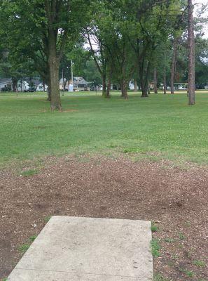 East Park, Main course, Hole 1 Long tee pad