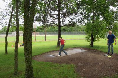 Millstream Park, Main course, Hole 2 Tee pad
