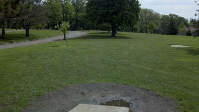 Highland Park, Main course, Hole 8 Long tee pad